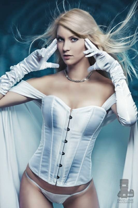 marvel-vs-dc-emma-frost