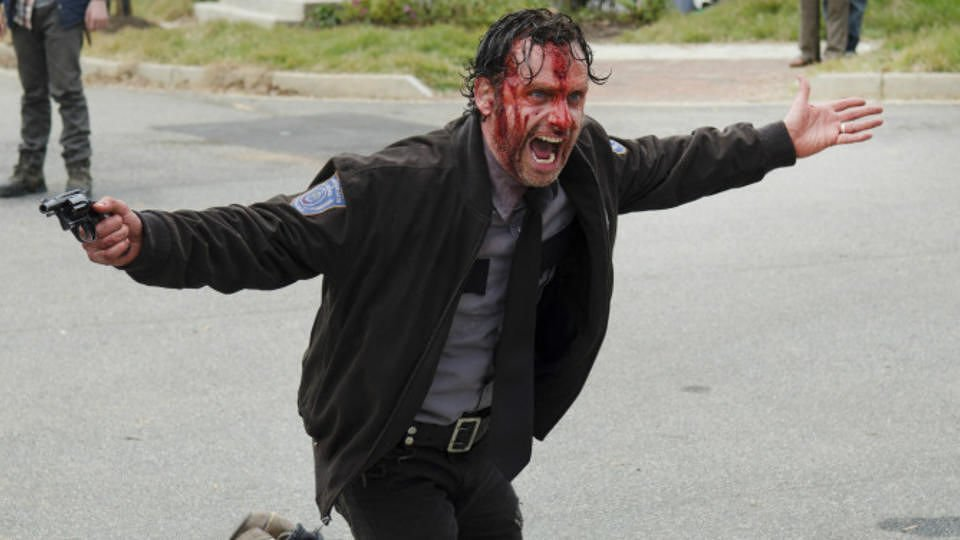 twd-the-walking-dead-andrew-lincoln-rick-grimes-fans-take-a-stand-against-the-emmys-512287