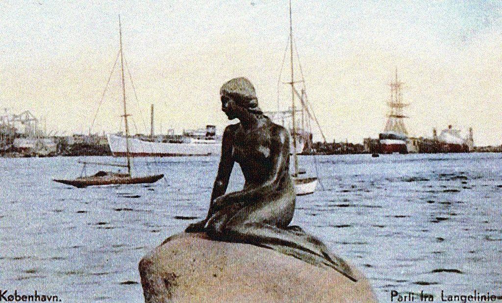 Statua_sirenetta,_1920